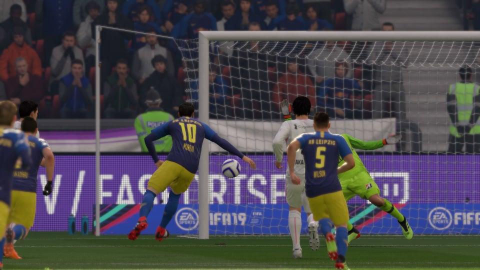 FIFA_19_FUT_SP_Season_5-0_FUT_V_FUT,_2nd_Half.jpg