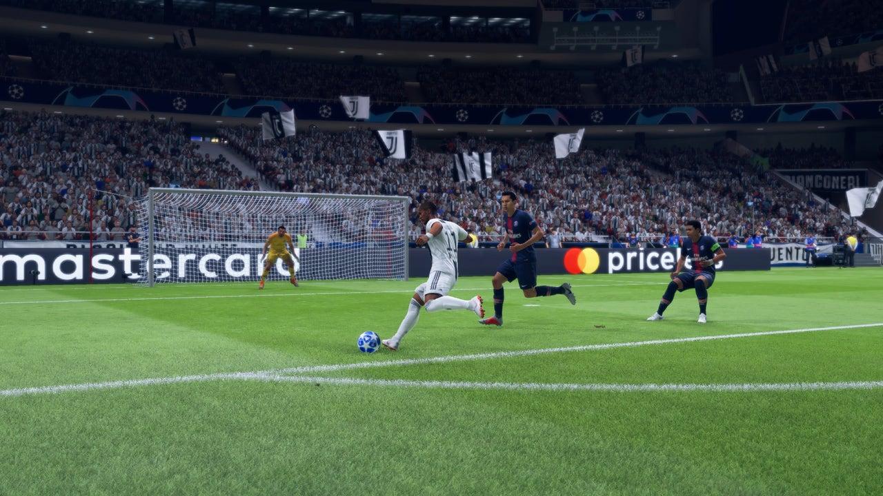 FIFA_19_Intros_(In_Menus)_1.jpg